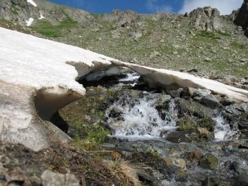 Ручей и снежник  (Кавказ 2008)
