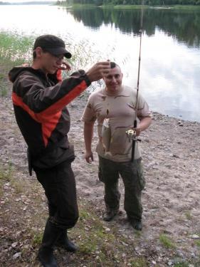Смыш поймал сига (Ладога 2011)